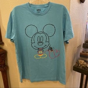 UNIQLO Mickey Mouse Blue Graphic Tshirt-Large